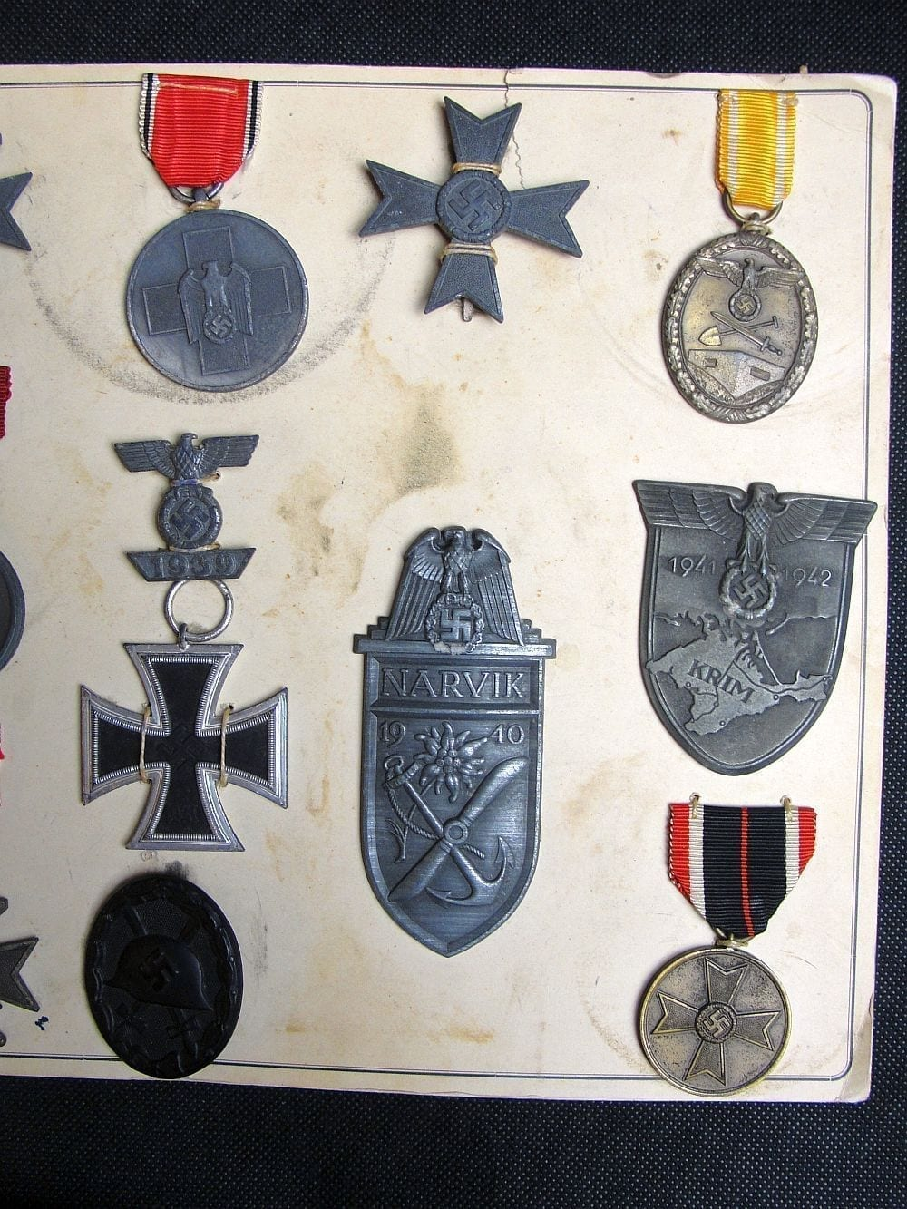 Deumer Medal Sample Board