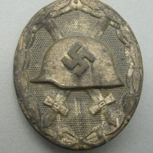 "1939 Wound Badge, Silver Grade, by ""100"""