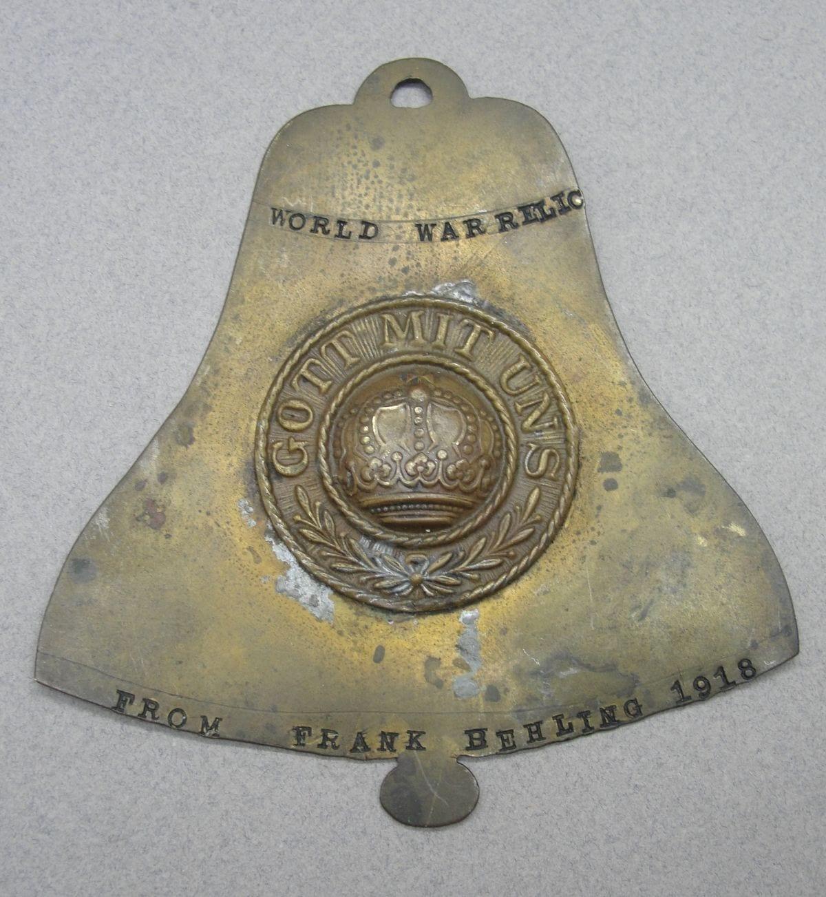 1918 World War Relic --- German Belt Buckle Center Soldier Art