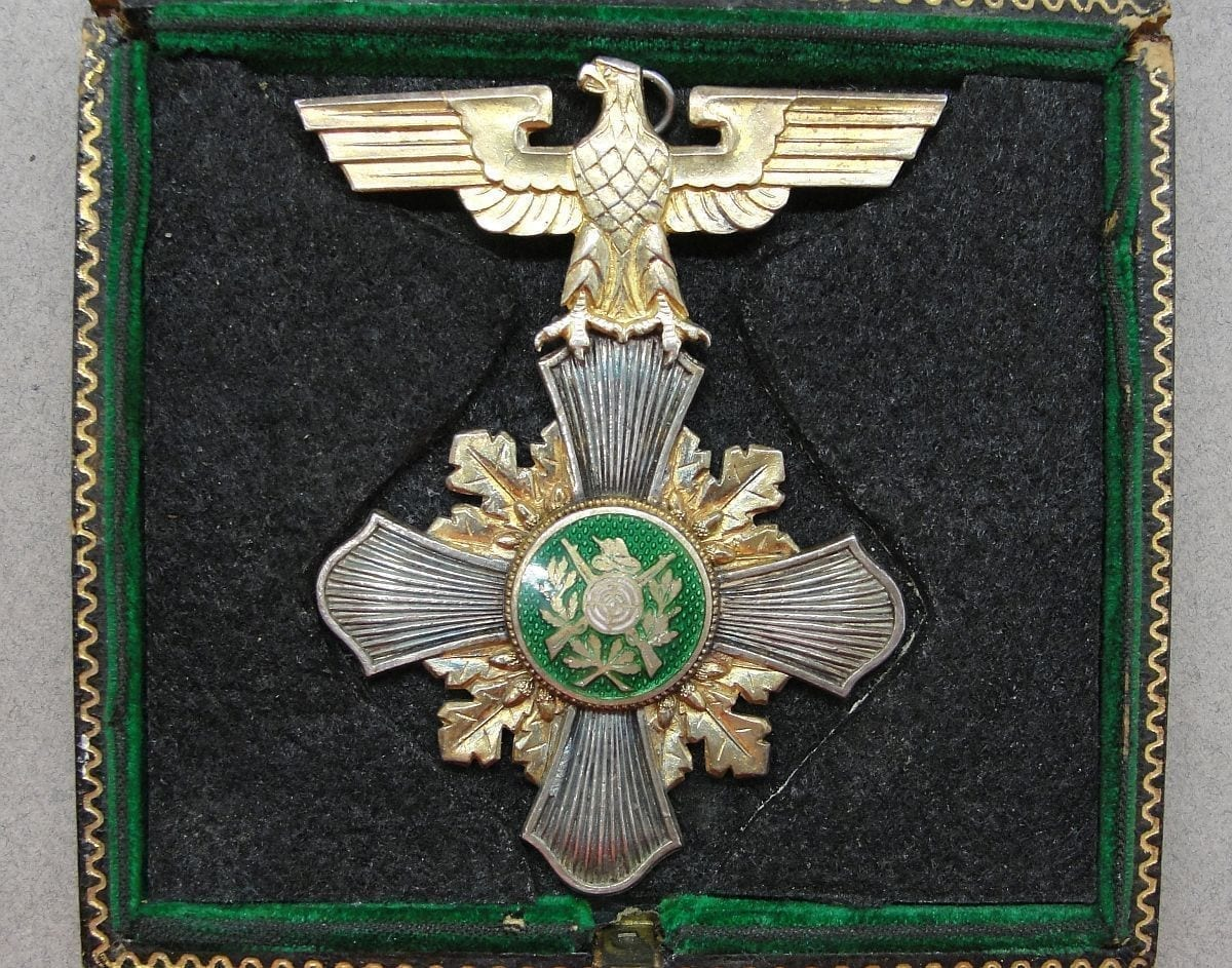 """Third Reich """"1936 King"""" Grand Prize Shooting Award - Silver"""