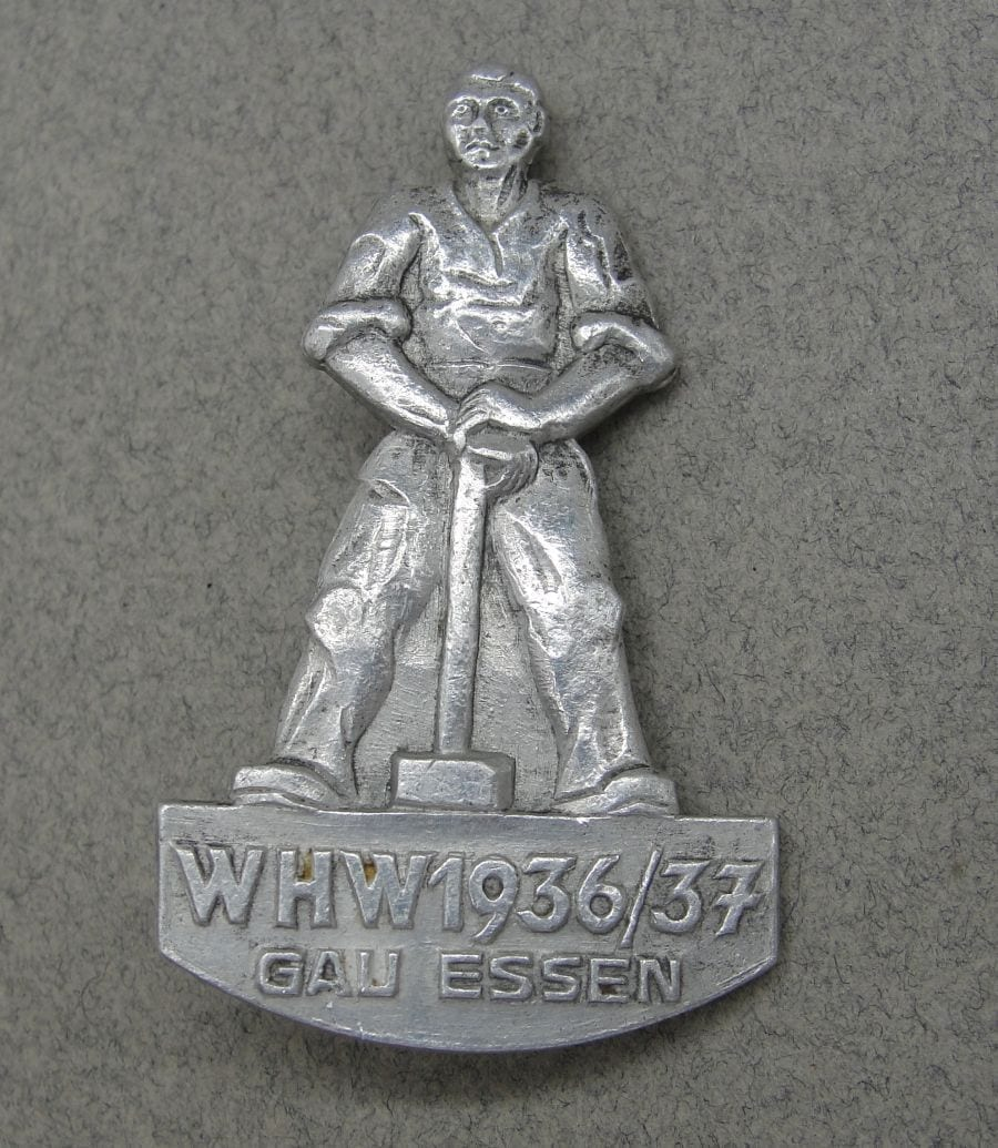 1936/37 WHW Gau Essen Badge