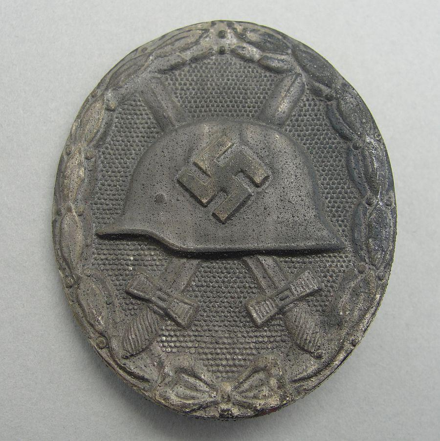 "Wound Badge, Silver Grade, by ""100"""