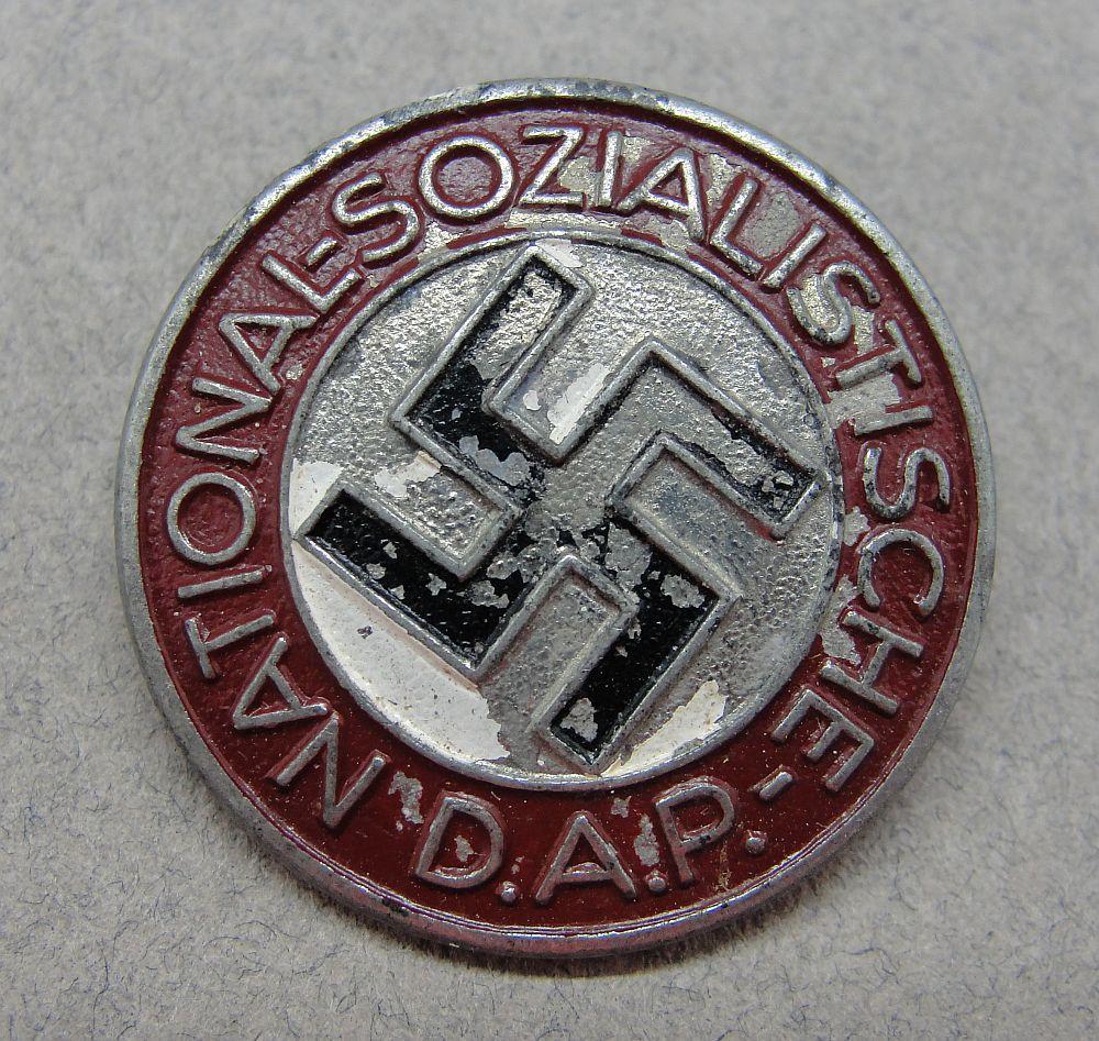 "NSDAP Membership Badge by ""RZM M1/101"""