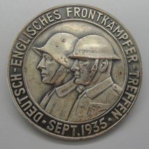 1935 German and English Veterans Day Badge