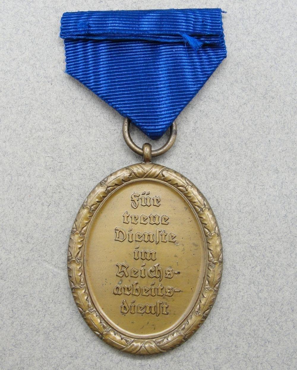 RAD 4 Year Long Service Medal for Men