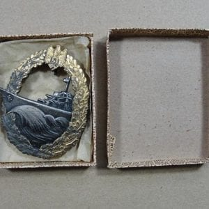 Boxed Kriegsmarine Destroyer Badge, French Made by Baqueville