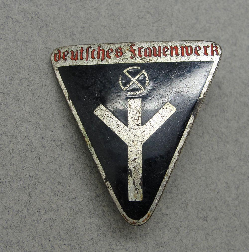 N.S.-Frauenschaft Membership Badge