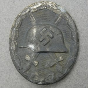"1939 Wound Badge, Silver Grade by ""100"" Wächtler & Lange"
