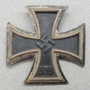 "1939 Iron Cross, First Class, Screwback by ""L59"""