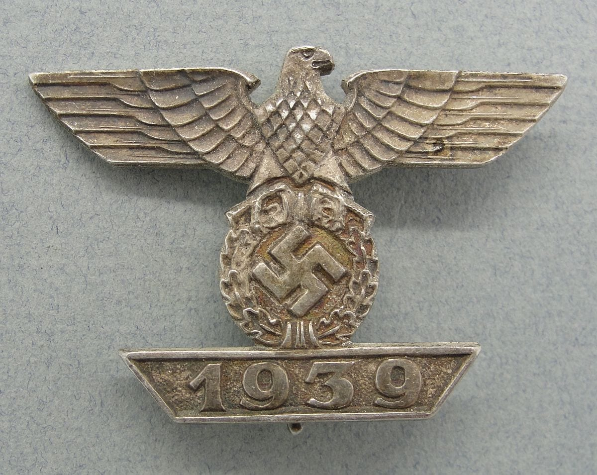 """1939 Spange to Iron Cross, First Class by  """"Unknown Maker"""""""