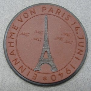 Meissen Medallion, - Capture of Paris 4 June 1940/ Battle of France