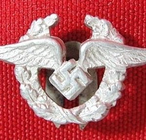 "Badge for Civilian Employees of the Luftwaffe, Lapel Version, by ""CEJ"""