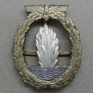 Kriegsmarine Minesweeper Badge by Deumer