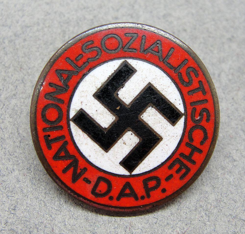 "NSDAP Membership Badge by ""RZM M1/155"""