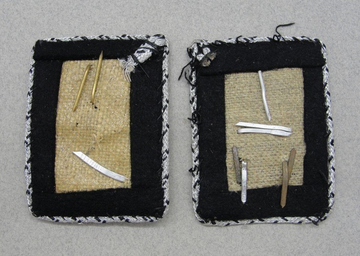 Pair of TENO Collar Tabs