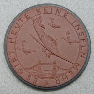 Meissen Medallion, No more island / War forced upon us