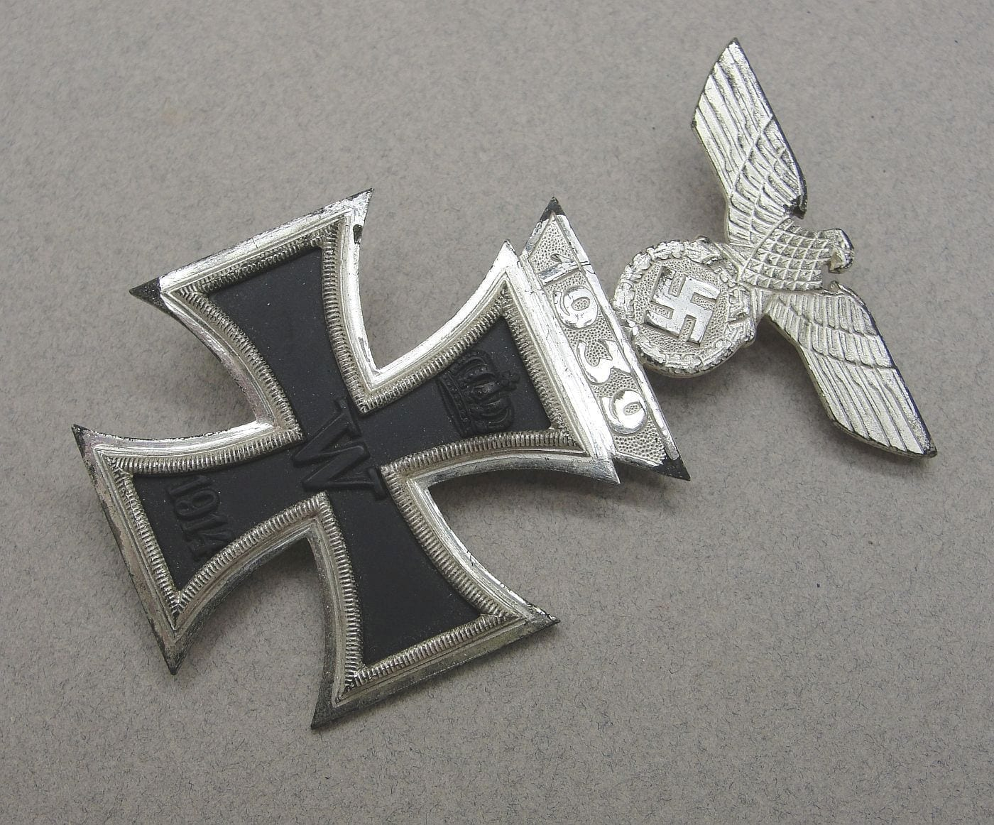 Combined 1914 Iron Cross First Class and 1939 First Class Spange by Deumer - Choice!!