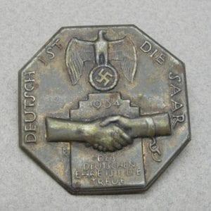 1934 The Saar is German Badge