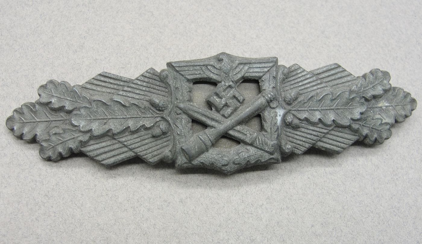 "Army/Waffen-SS Close Combat Clasp, Bronze Grade by ""F L L."""