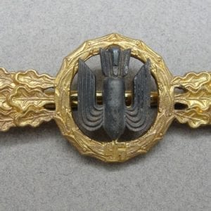 "Luftwaffe Squadron Clasp for Bomber Pilots Gold Grade by ""R. S. & S."" - Catch Gone"