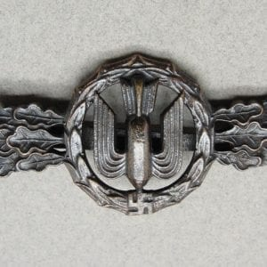 """Luftwaffe Squadron Clasp for Bomber Pilots Bronze Grade by """"R. S. & S."""" - Catch gone"""