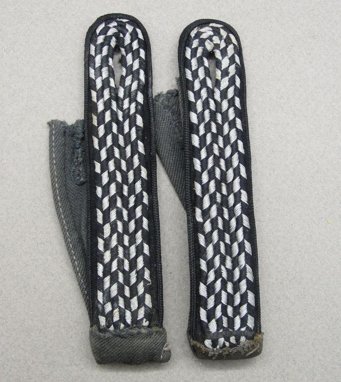 Pair of NSKK Shoulder Boards