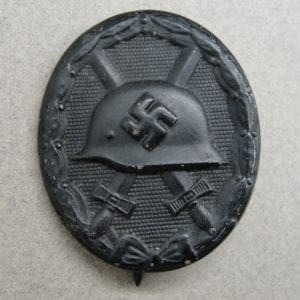 """1939 Wound Badge, Black Grade, by """"81"""""""