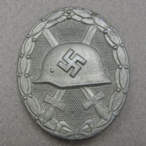 """1939 Wound Badge, Silver Grade, by """"107"""""""